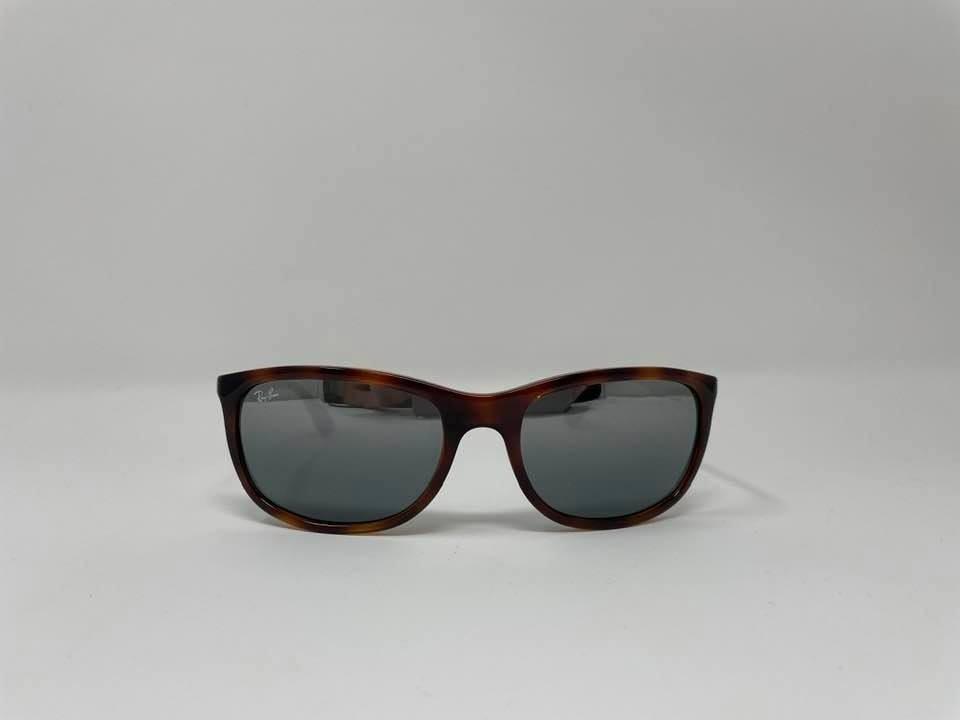 Ray Ban RB4267 Unisex sunglasses